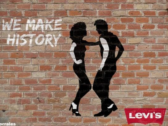 Levi's Ambient Ad - We Make History