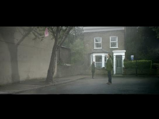Homeseller.com Film Ad -  The pink scarf