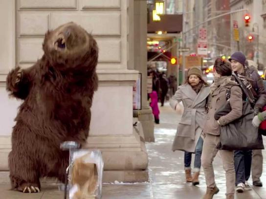 Chobani Ambient Ad -  Hungry bear loose in NYC