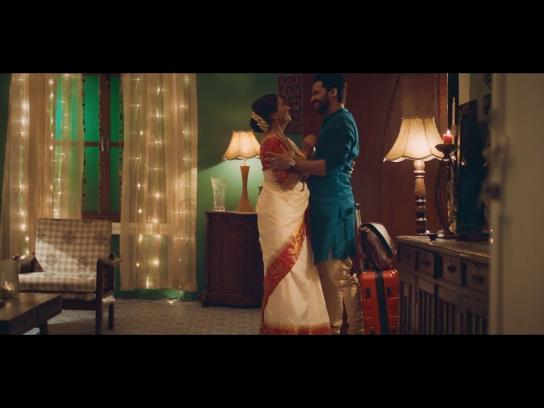 Reliance Digital Film Ad - When was the last time you made an asli connection