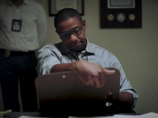 Axos Bank Film Ad - Don't Get Robbed by Your Bank - The Sketch Artist