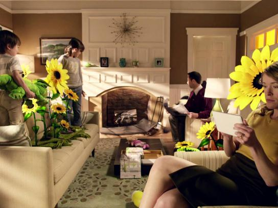 Farmville Film Ad -  Living room