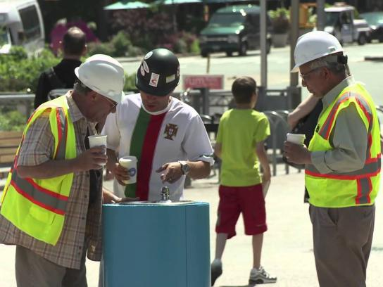 Partnership for a Healthier America Ambient Ad -  Meet the drink up fountain