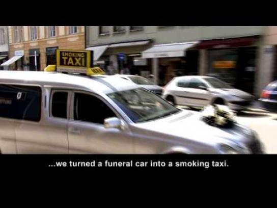 Lutz Mehlhorn Ambient Ad -  Smoking taxi