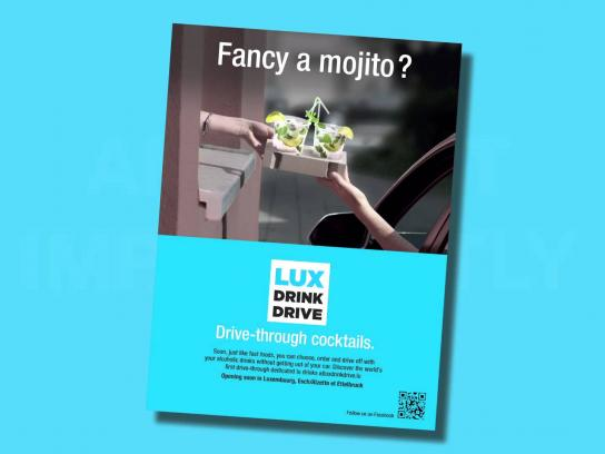 RAOUL Ambient Ad -  Drive-through cocktails